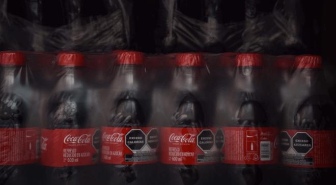 Refresquera promete reducir las calorías de sus bebidas, tras reunión con AMLO