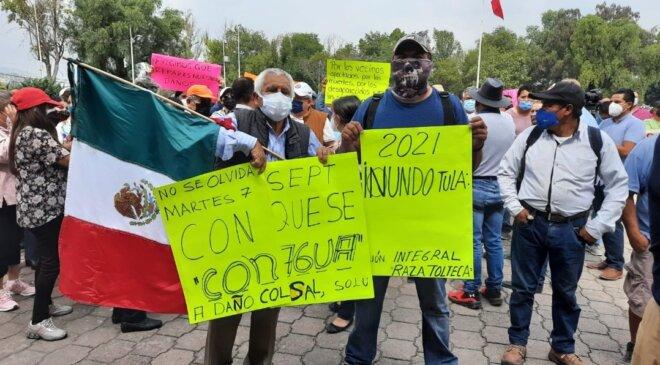 La manifestación contra el alcalde Manuel Hernández Badillo culminó sin respuesta y él no estuvo presente; los recibió comisión de regidores